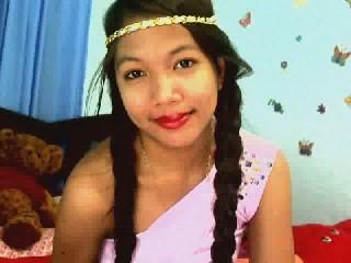 1SEXYCUTEALEXA sweet asian girl waiting for webcam fun