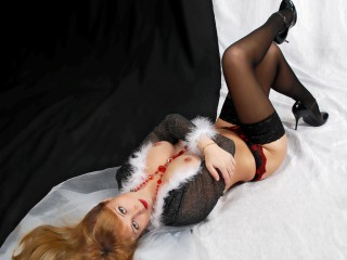 HotWaleria hot horny blonde in adult chat sex live