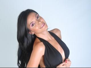 yummybite big boobs latina amateur babe on webcam