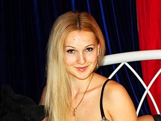 AgnesXSS hot blonde sex cams