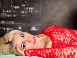 Estele amateur blonde webcam live cam