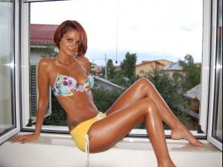 Monique666 sexy babe live webcam chat