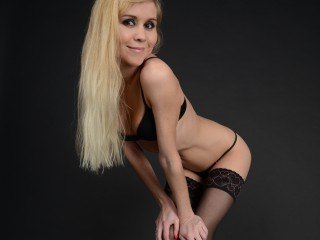 BeautyNataly sexy blonde xxx chat live