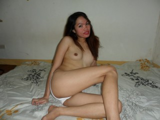 urwetasian pretty asian cam girl live chat
