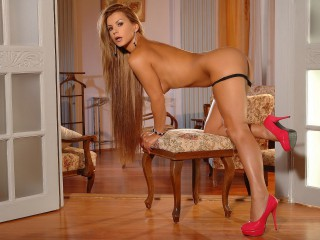 DorothyBlack4U pretty blonde webcam sex live chat